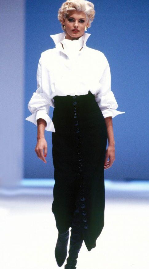 Fondazione Gianfranco Ferré / Collezioni / Donna / Prêt-à-Porter / 1991 / Autunno / Inverno