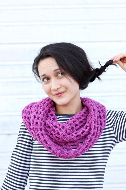 Magenta Mesh Crochet Cowl | FaveCrafts.com