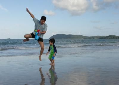2012 entry compliments of http://www.family-getaways-melbourne.com/jump-jump-at-langkawi-beach.html