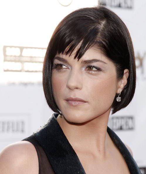 Tags: bob hairstyle, Hair style & Beauty, hair styles, Selma Blair, Selma Blair Bob Haircut, Short hairstyle, women's hair