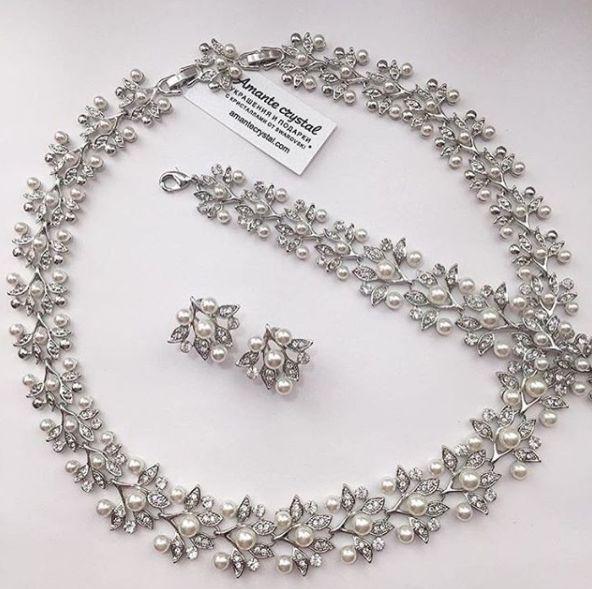 Колье 2890₽, браслет 1299, серьги 550₽ #кольеamantecrystal #браслетыamantecrystal