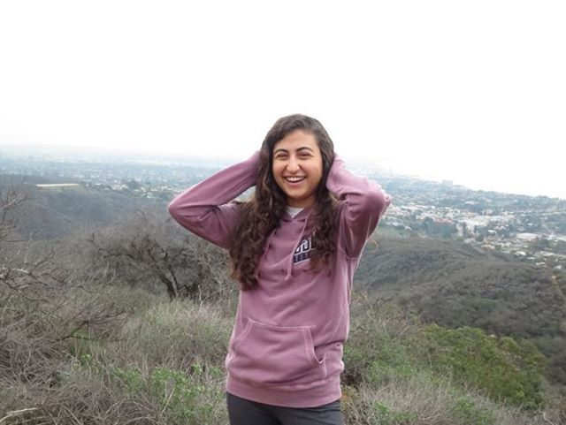 A comfy hoodie from our CSUF collection was just the layer necessary to combat the Los Angeles gloom this weekend 👍 #stepforward #csuf #titans #titanpride #red #crimsonred #cotton #hoodie #hike #losangeles #happy #fullerton #rain #college