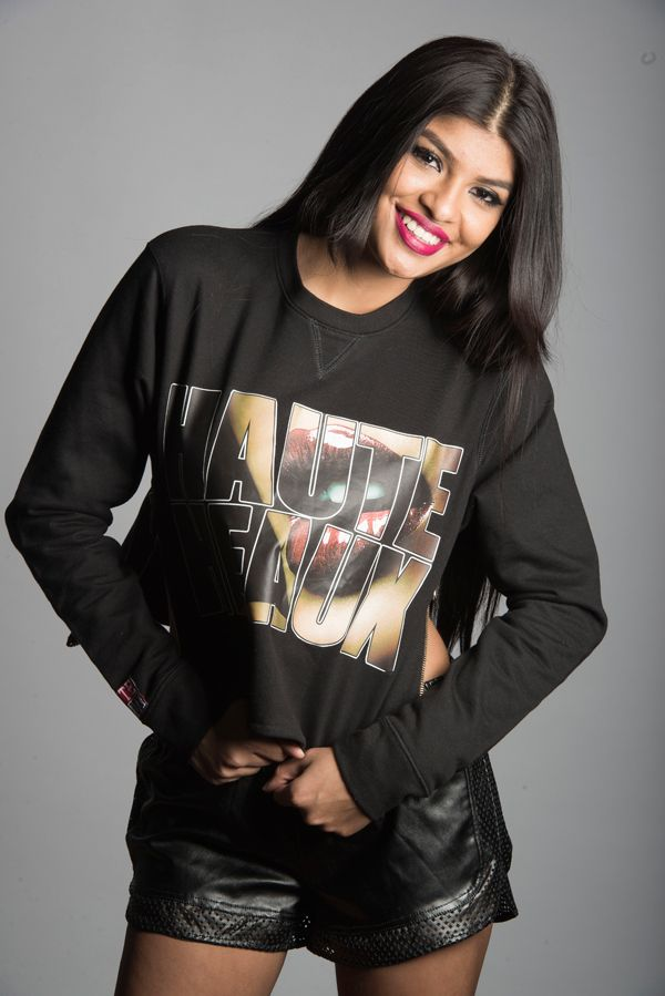 HAUTE HEAUX ® Lips print Zipper Sweatshirt. This bold, fashionable design gives the basic sweatshirt a new twist, with beautiful gold zippers on each side, allowing you to show some extra skin. This sweatshirt is a perfect for a both casual or dressy look.