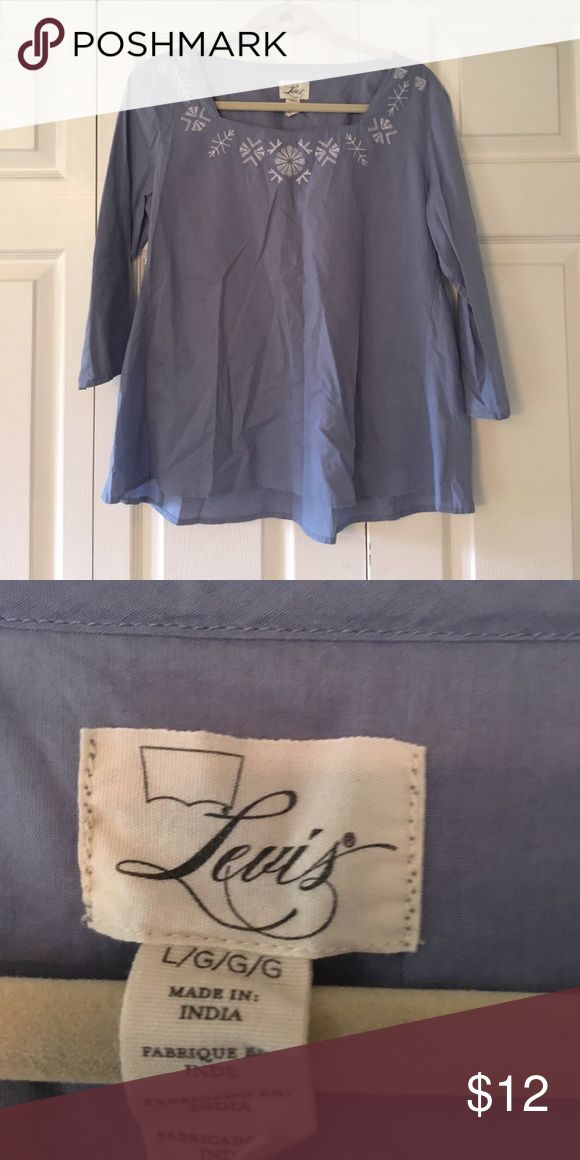 LEVIS TOP! LIKE NEW! // OFFERS WELCOME! Levi's Tops Blouses