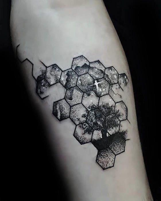 60 kleine Baum Tattoos für Männer – Maskuline Design-Ideen