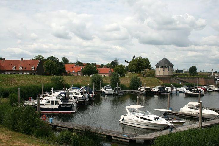 """Heusden - Wieldijk : Jachthaven """"De Wiel"""""""