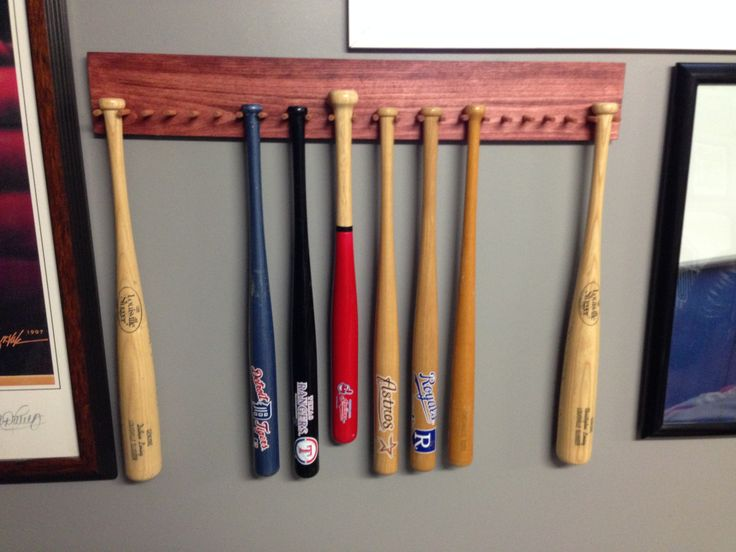 Mini Bat Collectible Display.  Simple to make and hang for those collectibles.  (display, collectible, baseball, bat, woodworking, dowel)