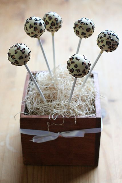 Leopard Print Cake Pops | Flickr - Photo Sharing!  leopard print cake pops, animal cake pops, animal print cake pops, safari cake pops, birthday cake pops
