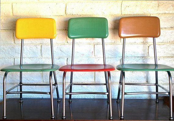 1960 heywood wakefield heywoodite child 39 s molded plastic school desk chair with chrome legs in. Black Bedroom Furniture Sets. Home Design Ideas