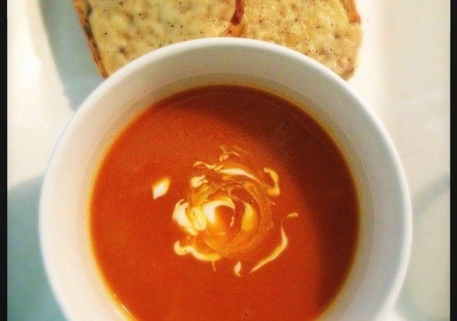 Pompoensoep met tomaat en kerrie | Francesca Kookt!