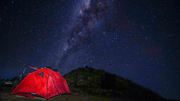 Starry night at Plawangan Senaru #Rinjani #sonyImages #sonyindonesia #A7s