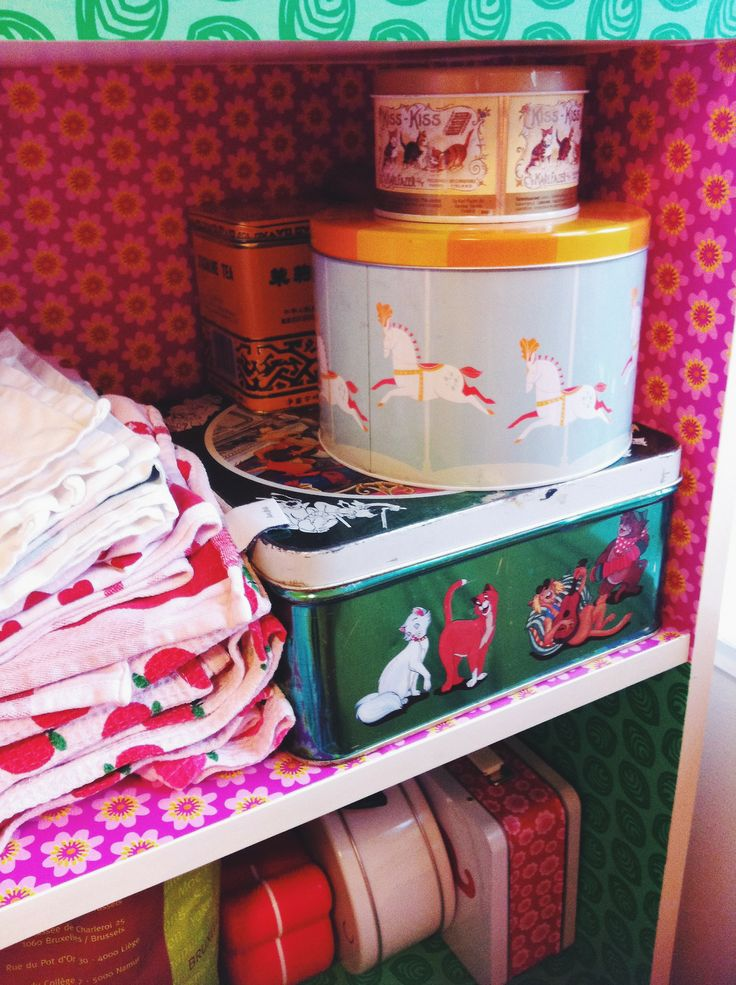 My favorite boxes in the kitchen, love the one with Tivoli horses for Blafre and the Aristocats one