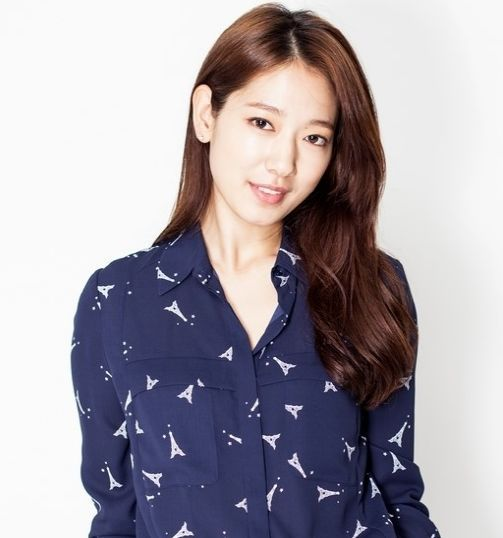 Park Shin Hye Gets Over 7 Million Followers on Weibo, a First for Korean Actress