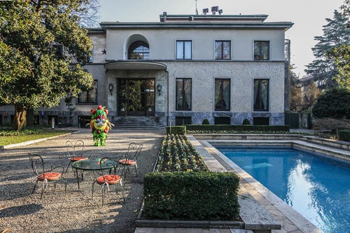 """""""The heart of Milan hides a masterpiece of architecture from the Thirties: Villa Necchi Campiglio, one of FAI - Fondo Ambiente Italiano properties"""" - #Foody- Foody"""