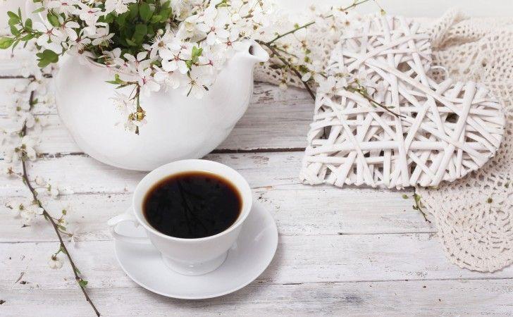 Kalp, kahve, çiçek
