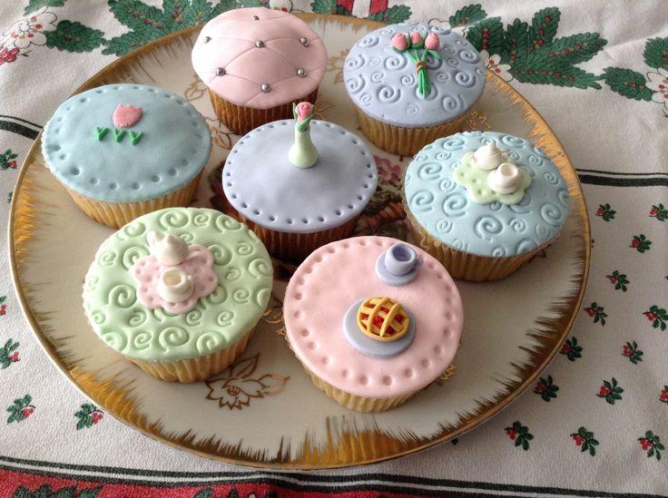 Vintage tea party #vintage tea cupcakes #cupcakes fiesta de te