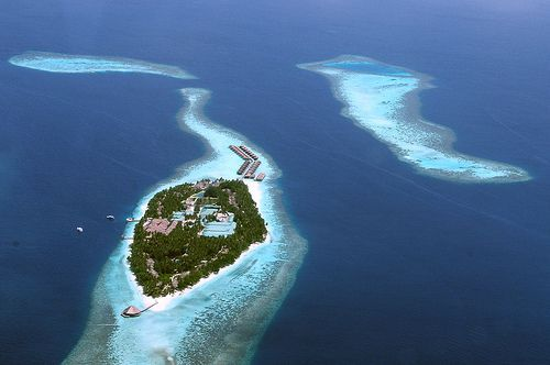 Maldives - 5 places to visit before they vamoose
