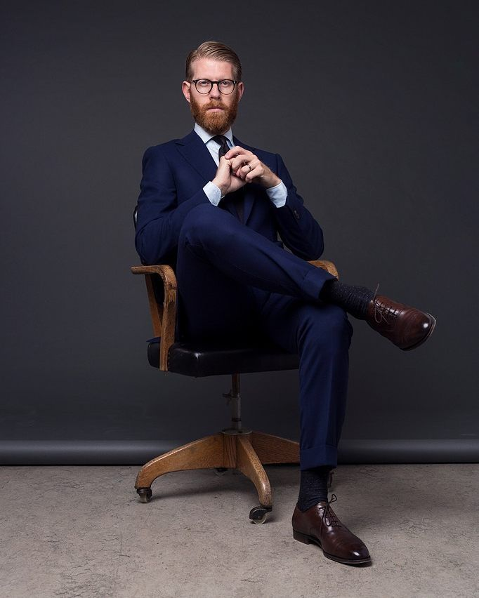 "1,741 mentions J'aime, 31 commentaires - Olof Nithenius (@olof1982) sur Instagram : ""The manager Portrait taken by @uern #manager #director #portrait #fotograftedolsson #zaremba…"""