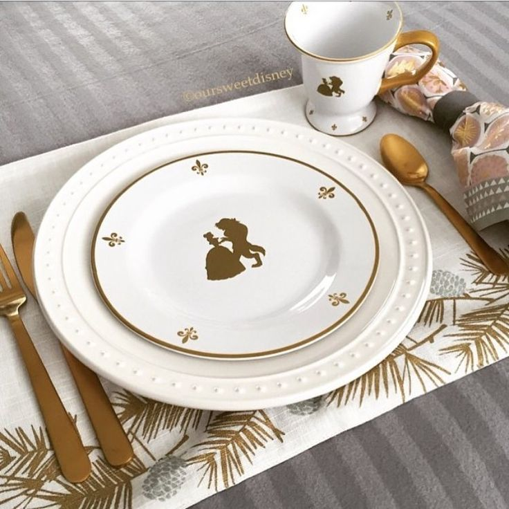 Gooooood Morning!!! Who wouldn't want to start the day off with these gorgeous beauty and the beast plates?! I'll take lunch and dinner too please! We love how @oursweetdisney disney has made her place setting festive by simply adding the perfect coordinating table linens! Thank you so much for sharing, we absolutely adore this!🌹💛 #mydisneyhome #mydisneylife #disneyfan #mickey #disneydecor #disneylove #disneyworld #disneylife #disneydecorations #disneyathome #homegoals #disneyland #wdw…