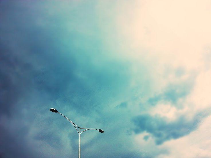 the sky looks so purttyyy #myphotography #randompole