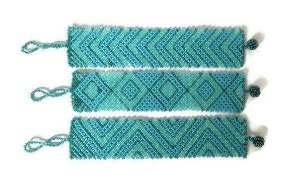 Bracelet plat (large) en perles Sud Africain Zoulou - Bleus clairs
