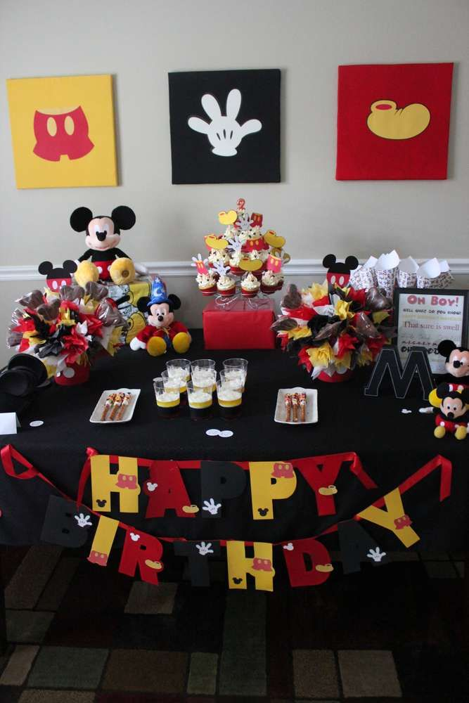 Mickey Mouse Birthday Bash | CatchMyParty.com