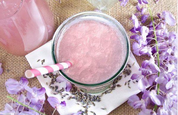 Лаванда/Органические травы от iHerb   Подробнее http://iherb-eco.ru/articles Очень вкусный и полезный лавандовый лимонад - идеальный напиток для летнего сезона - пейте и наслаждайтесь!