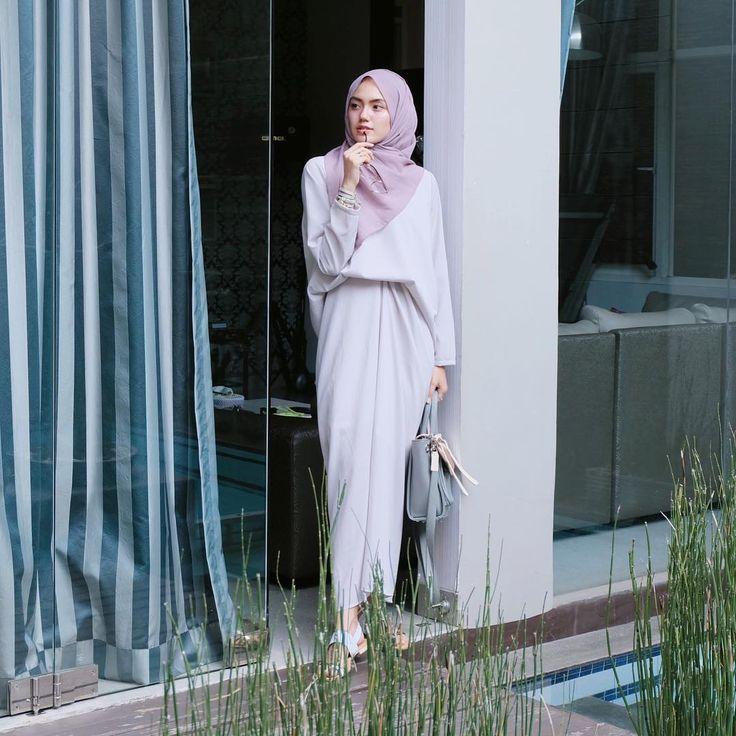 "9,053 Suka, 43 Komentar - CINDY LEVINA CLEVINA (@cindylevinaa) di Instagram: ""Dress by @radwah ❤"""
