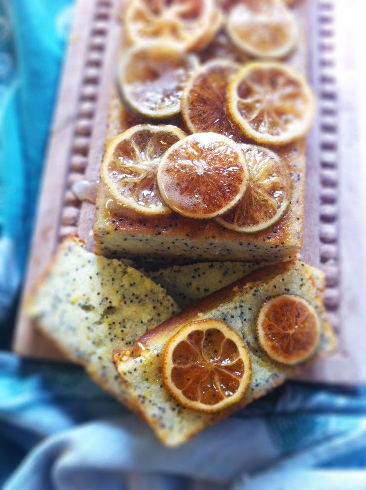torta-limone-yogourt-semi-papavero-pronta
