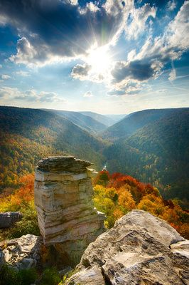 WEST VIRGINIA - Lindy Point in Blackwater Falls State Park - vista of the famous Blackwater Canyon!