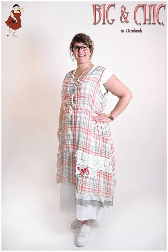 #bigenchic #grotematenmode #bigsize #big #kleding #maatjemeer #xxxl  Vintage Look Zomerjurk Zedd plus.