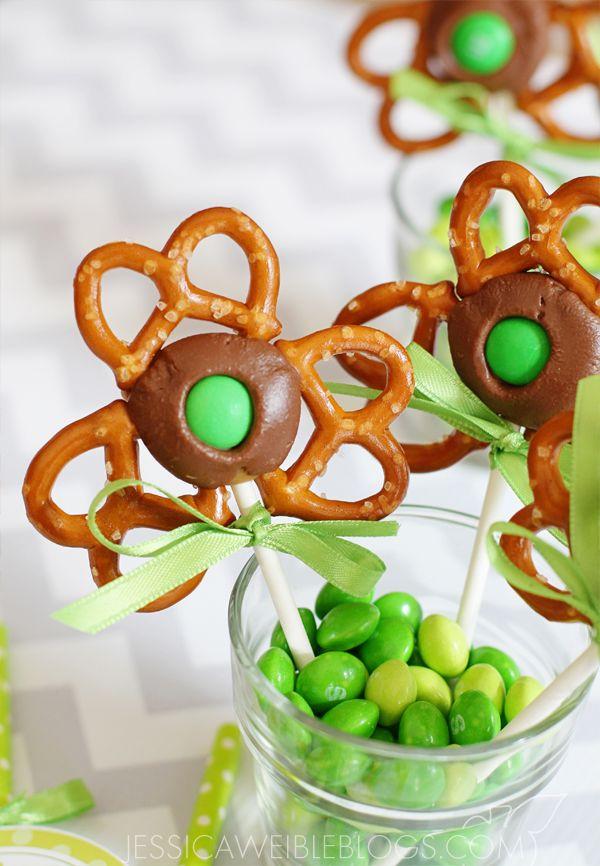Shamrock Pretzel Pops - Pretzels, Rolo Candy & a Green M&M. SO pretty...