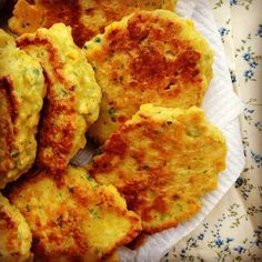 Sweetcorn fritters are an old childhood favourite of mine and I am so pleased to report a new fav of little Miss G's.  For Grace, fritters are an easy to handle, nutritious and delicious lunch or d...