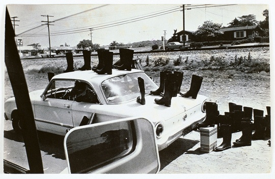 Eleanor Antin, 100 Boots on the Road