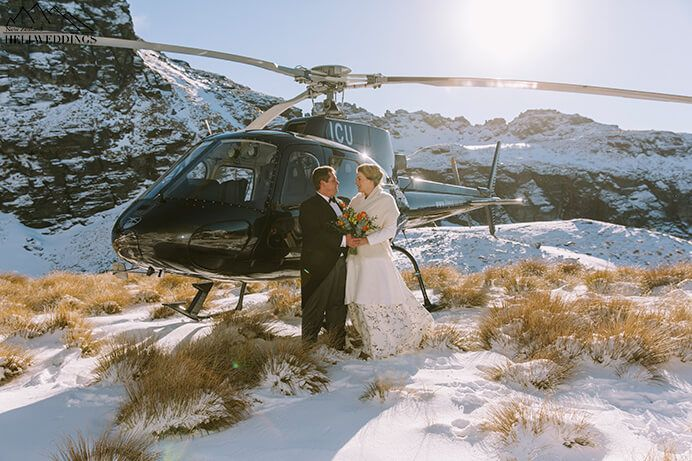 Heli Wedding in the snow in Queenstown