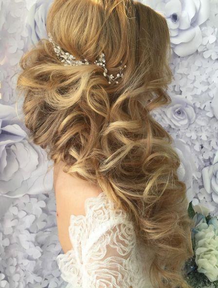Best Wedding Hairstyles : Featured Hairstyle: Websalon Wedding Anna Komarova; www.websalon.su; Wedding ha