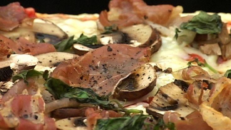 Pizza med sopp og skinke