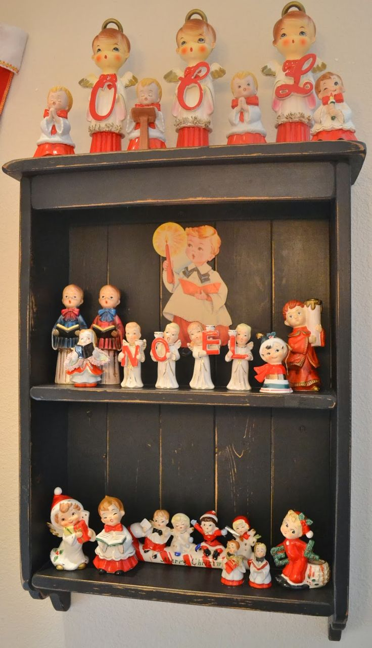 Christmas ornament display case - The Adventures Of Two Pyrex Crazy Thrifting Sisters