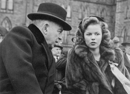 Shirley Temple with the Prime Minister of Canada, William Mackenzie King