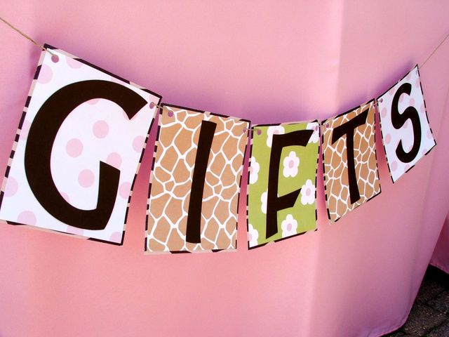 Girl Jungle Baby Shower | CatchMyParty.com