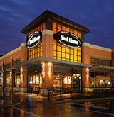 Yard House in Roseville CA is in the Fountains At Roseville Shopping Center - The menu includes many healthy items including vegetarian options