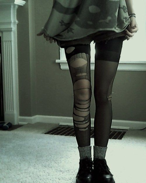 Grunge wear (with black doc boots would look alot more grungey!).