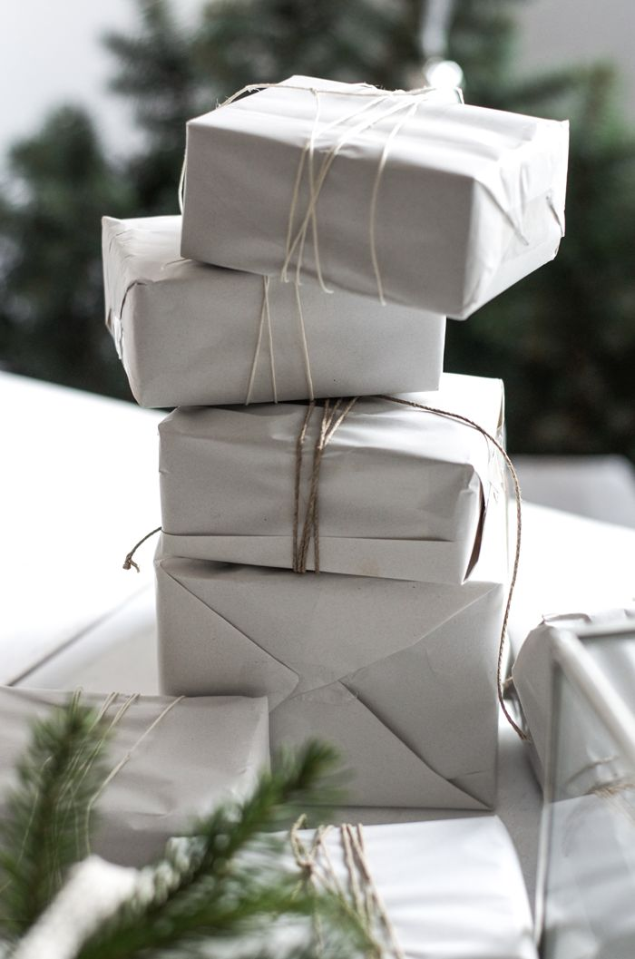 christmas presents gift wrapping