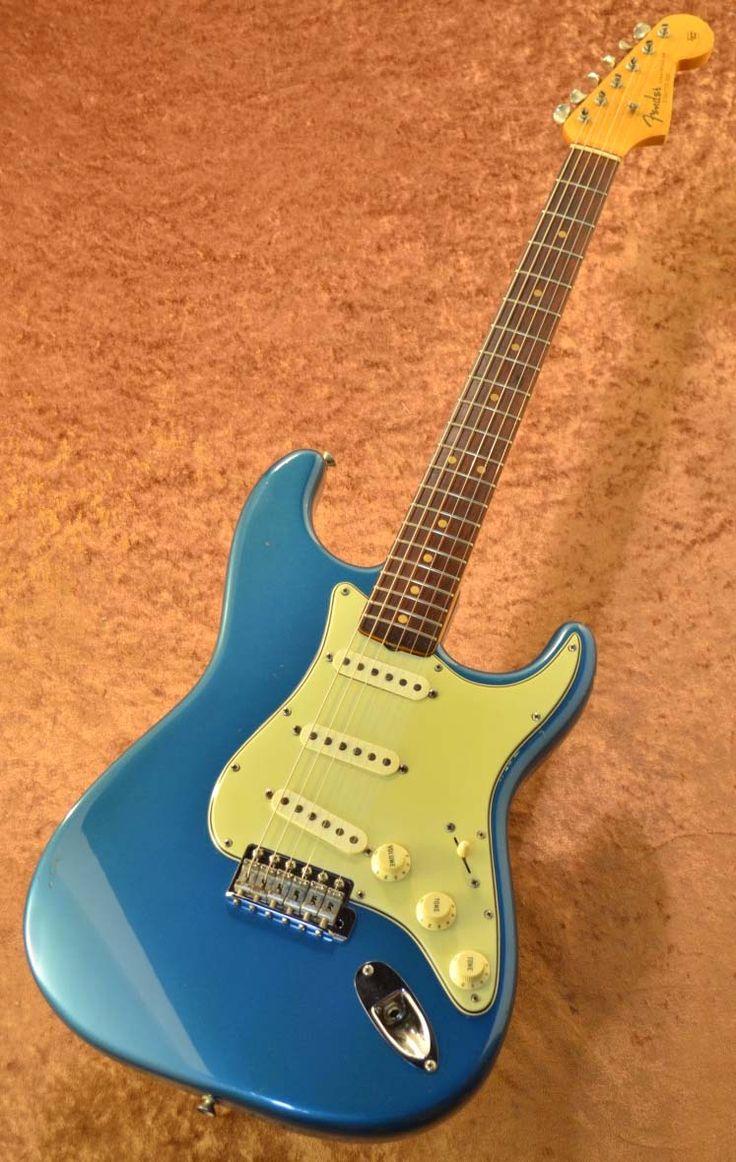 【楽天市場】【中古】 Fender USA Stratocaster -Lake Placid Blue- 1964年製 【Vintage】【G-CLUB渋谷】【送料無料】【smtb-u】〔Electric Guitar,エレキギター〕〔フェンダー〕〔ストラトキャスター〕【used_エレキギター】:G-CLUB