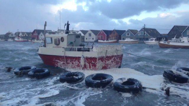Karmøynytt Live: Se stormvideo fra Ferkingstad
