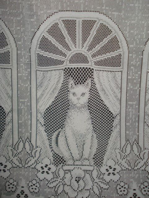 Vintage White Lace Net Cat Curtain 1 Wide Panel Cats