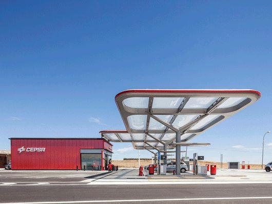 CEPSA Service Station / Saffron Brand Consultants + Malka+Portús arquitectos | ArchDaily