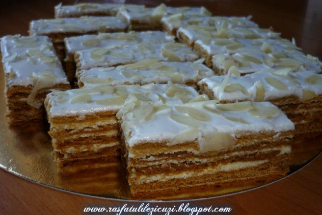 Retete Culinare - Foi cu miere si crema de lamaie
