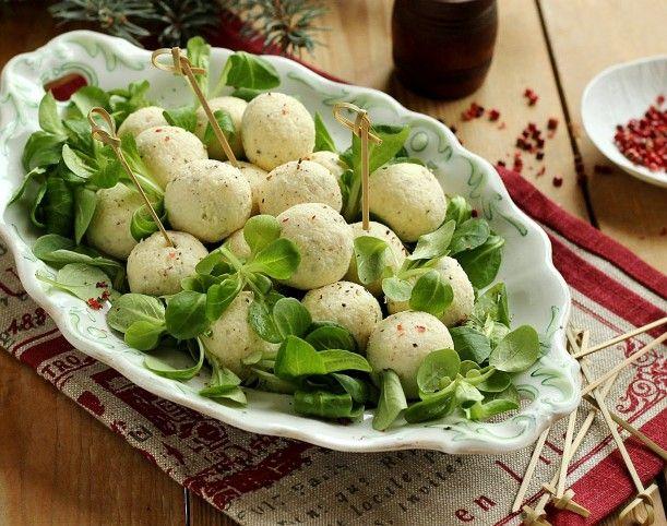 Egy finom Olasz sajtgolyó ebédre vagy vacsorára? Olasz sajtgolyó Receptek a Mindmegette.hu Recept gyűjteményében!