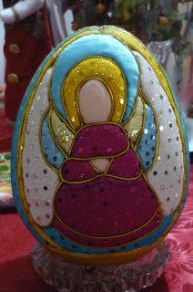 Huevos de icopor navideños - Buscar con Google